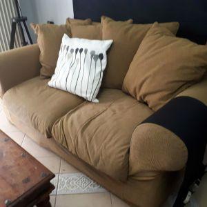 Διθέσιος καναπές-κρεβάτι