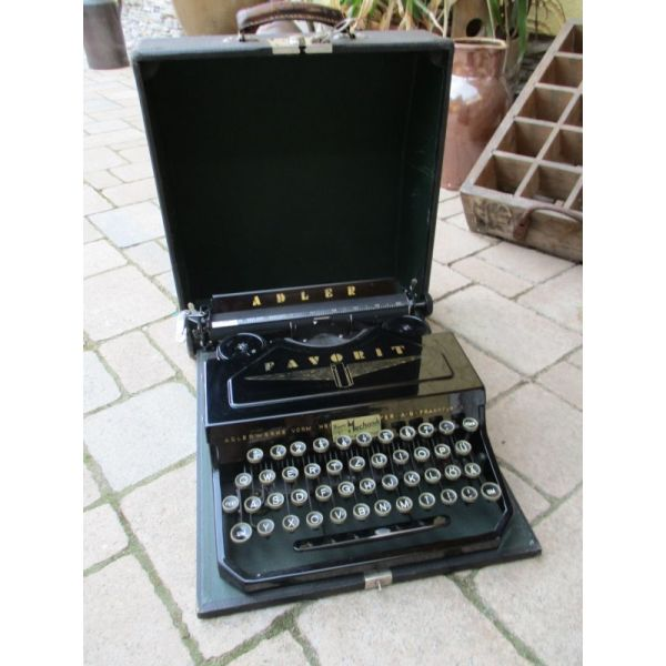 Γραφομηχανή Adler Favorit 1 του 1935 - αγγελίες σε Λάρισα - Vendora.gr cb8ad55f348