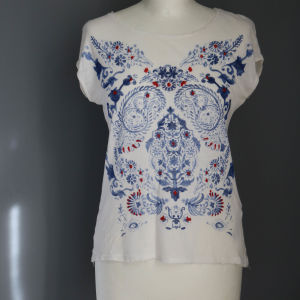 Bershka λευκο με μπλε πριντ t-shirt.
