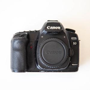 Πωλείται Canon 5D Mark II