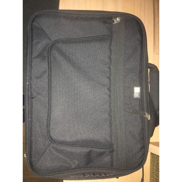 3e76610819 Τσάντα laptop - € 20 - Vendora.gr
