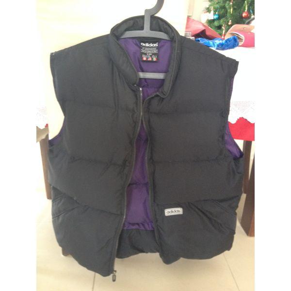 μεταχειρισμενα Αμάνικο μπουφάν με πούπουλα ADIDAS - Large. amaniko mpoufan  me poupoula ADIDAS - Large. 387ea84926d