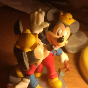 Morty and Ferdie Fieldmouse figurine