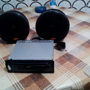 Πωλειται ραδιοCD