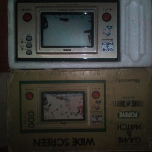 GAME AND WATCH,MADE IN YEAR 1980,MADE IN JAPAN ΜΕ ΤΟ ΚΟΥΤΙ ΤΟΥ,ΑΓΟΡΑΣΜΕΝΟ ΣΤΗ ΣΑΟΥΔΙΚΗ ΑΡΑΒΙΑ