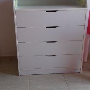 0aadb59c001 Πωλείται κρεβάτι παιδικό μονο με στρώμα και ταβλες 80Χ195, συρταριερα  παιδική 45Χ85Χ98 χρώμα άσπρο και