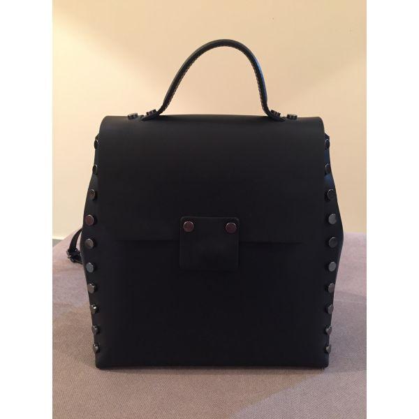 μεταχειρισμενα Δερμάτινη τσάντα τύπου back bag. dermatini tsanta tipou back  bag c220950bac0