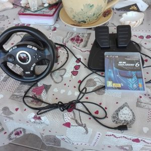 Trust GXT-27 Forse Vibration Steering Wheel (PS3)