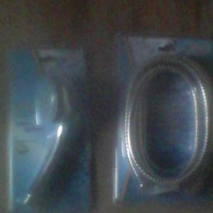 λάστιχο-καλώδιο και τηλέφωνο μπάνιου