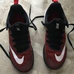 Nike παπούτσια μπάσκετ-βάλλει (ΑΦΟΡΕΤΑ)