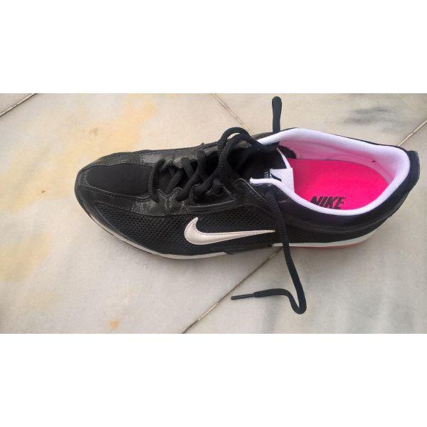 Nike air max γυναικεία 40.5 αφόρετα - αγγελίες σε Θεσσαλονίκη ... f3773ee2160