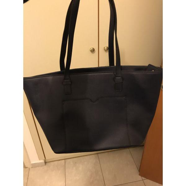 324886e159 Τσάντα ωμού - € 9 - Vendora.gr