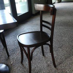 ΕΥΚΑΙΡΙΑ-καρέκλες ξύλινες και σκαμπώ bar