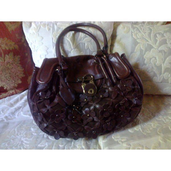 Moschino bag - αγγελίες σε Μάνδρα Ειδύλλια - Vendora.gr 604cf323a99