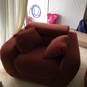 Μονοθέσιος Καναπές με ανακλινόμενο προσκέφαλο