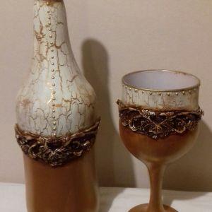 Μπουκάλι και ποτήρι για ρεσω