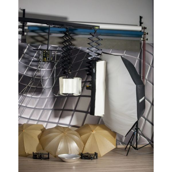 studio polite olos o exoplismos, gennitria balcar 2400 watt me 3 kefales soft box, ompreles, anaklastires.