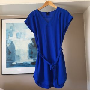 H&M πουκαμίσα-φόρεμα με ασορτί ζωνάκι