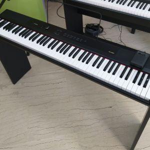 Ηλ.Πιάνο Artesia PA-88W Με την Ξύλινη Βάση του.