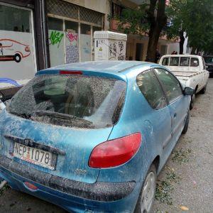 Πωλείται 700 ευρώ τρακαρισμένο Peugeot 206