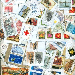 ΓΡΑΜΜΑΤΟΣΗΜΑ. 780 Ξένα και μερικά Ελληνικά Γραμματόσημα σε χαρτί. Τιμή 6.50 Ευρώ.