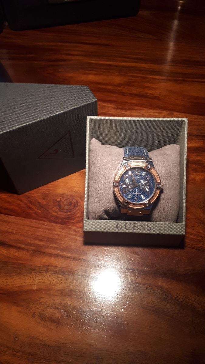 Γυναικείο ρολόι Guess Quartz Multi-Function - αγγελίες σε Αθήνα - Vendora.gr 2ca7f716ba4