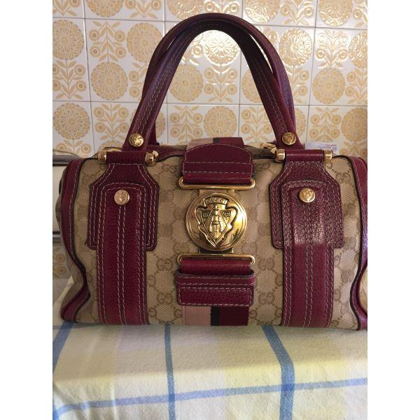 cb60cc78bb Τσαντα χειρος αυθεντικη Gucci - € 390 - Vendora.gr