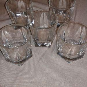 Ποτήρια για ουίσκι.