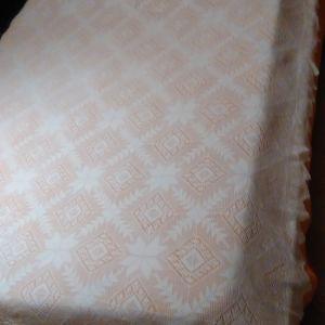 Χειροποίητη πλεκτή κουβέρτα με βελονάκι
