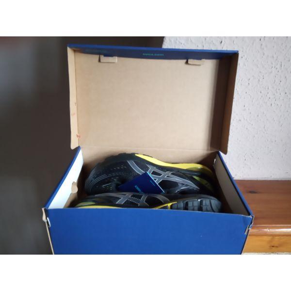 c516aafd3f1 Παπούτσια Asics Nimbus 21 - € 70 - Vendora.gr