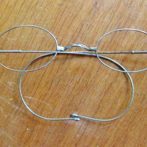 Ζεύγος γυαλιά αντίκα