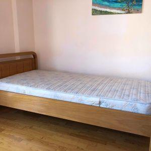 Πωλείται μονό κρεβάτι ξύλινο σε άριστη κατάσταση αγορασμένο πρόσφατα