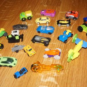 kinder αυτοκινητακια