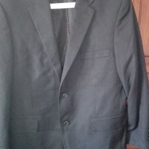 Μαύρο σακάκι M/L,γκρι με ρίγες L,πουκάμισο M