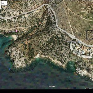 2 εφαπτόμενα οικόπεδα συνολικής έκτασης 11.489 m2 στη θέση Τραπέζια στη περιοχή Θυμωνιάς στη Θάσο.