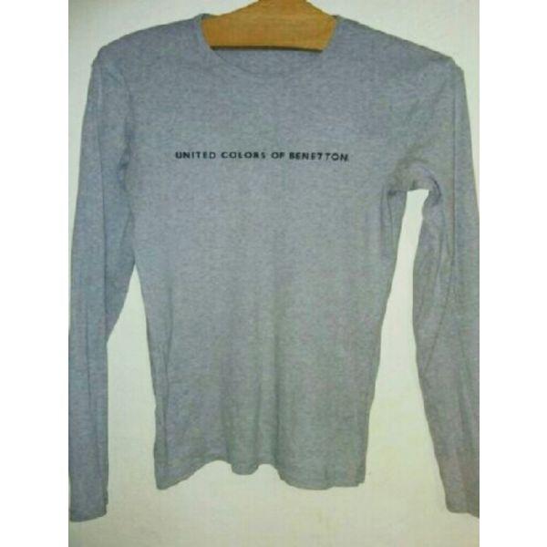 d2474e189f7 Σετ benetton m μπλουζες - € 4 - Vendora.gr