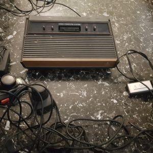 Atari κονσολα
